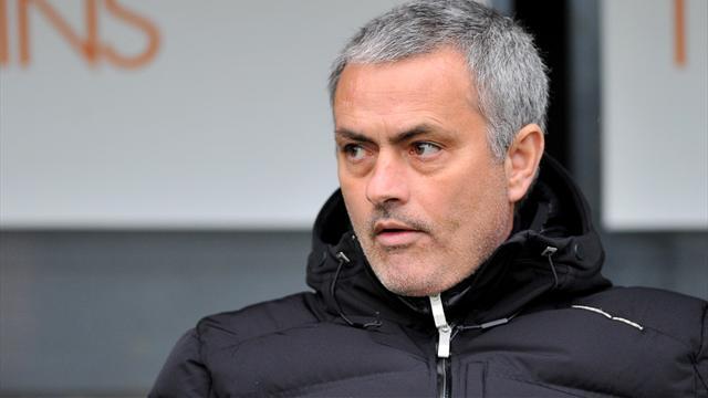 Mourinho : Chelsea Belum Lengkap