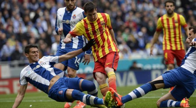 Pemain Espanyol Kritik Wasit Karna Beri Barca Penalti   Agen Taruhan