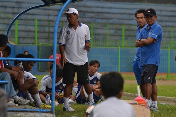 Coach Minta Pemain PSIM Jogja Minta Pemain Kurangi Ego
