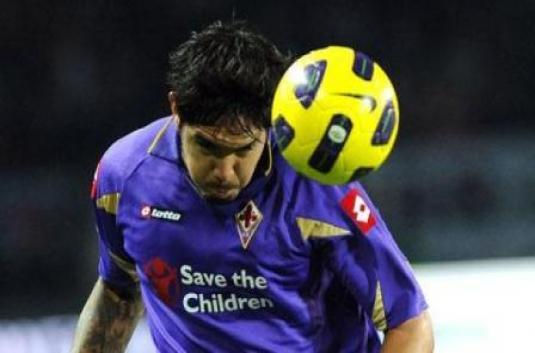 Vargas Absen 10 Hari Bela La Viola Akibat Cedera | Berita Bola
