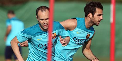 Alves dan Xavi Tak Ikut Latihan | Agen Bola