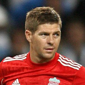Steven Gerrard untung Jauh Dari Keluarga